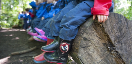 School children on a nature reserve visit © Paul Harris/2020VISION